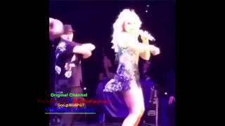 Hadise Finike Konseri Seksi Dansı + Etek Altı Videosu - YENİ