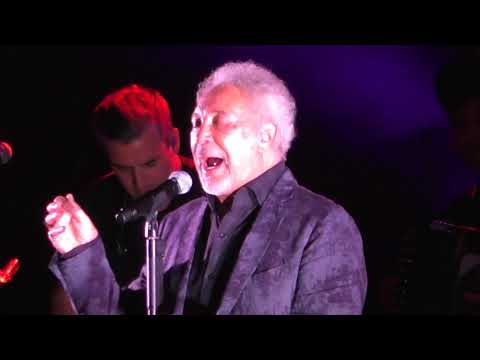 Tom Jones Delilah 2018