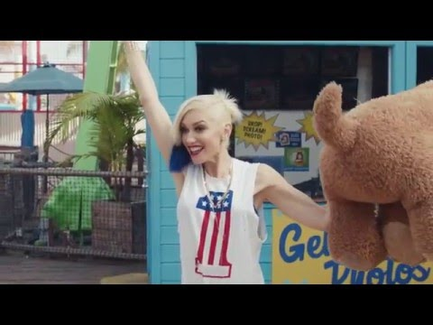 Gwen Stefani's #PricelessSurprises for a Lucky Couple