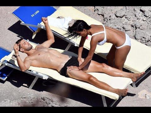 Sexo en la playa desnuda mamada