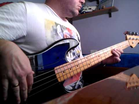 THE LA´S there she goes bass cover