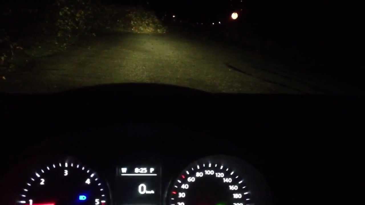 Golf 7 r interior at night
