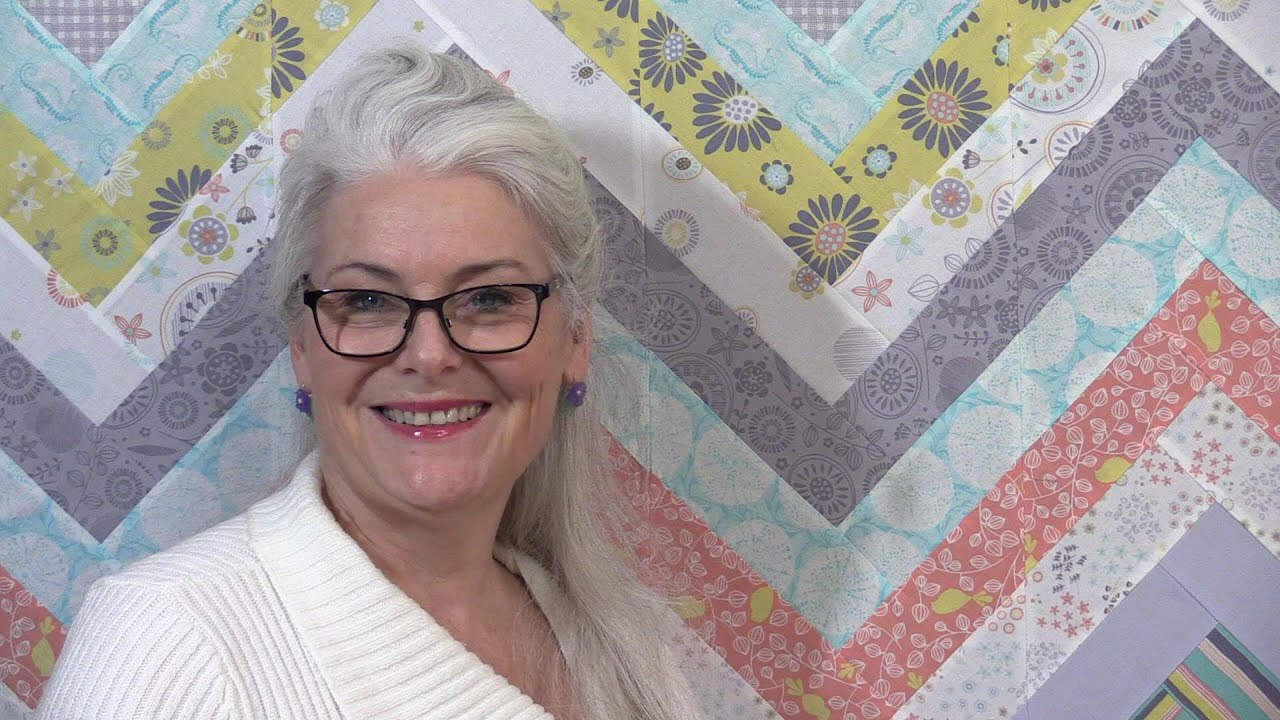 How to make an Easy Chevron Quilt - YouTube : how to make a chevron quilt - Adamdwight.com