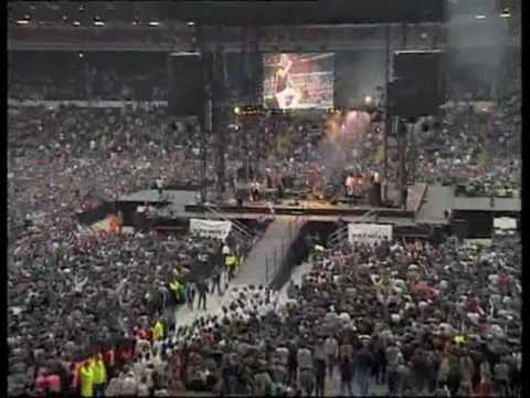 Noel Richards live song 'Let Your Love Come Down' Wembley Stadium 1997