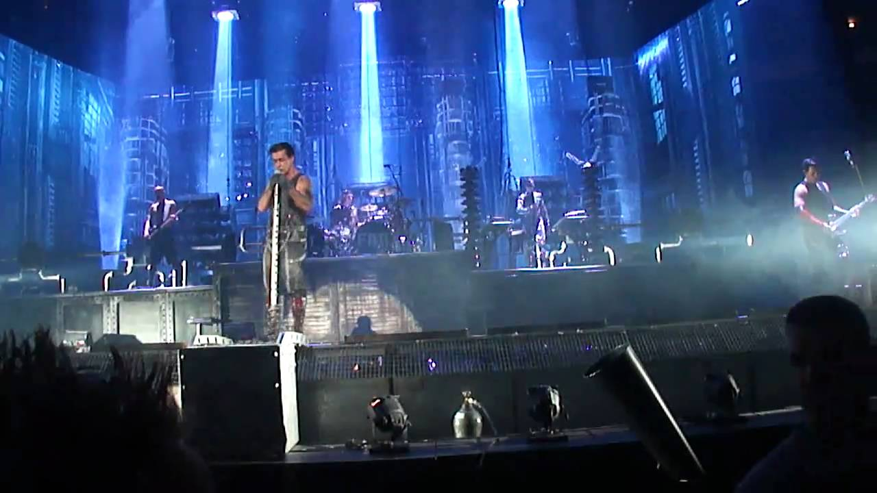 Rammstein Links 2 3 4 Live Madison Square Garden Ny Youtube