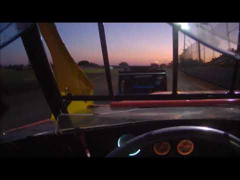 06 08-19 heat race Superbowl Speedway