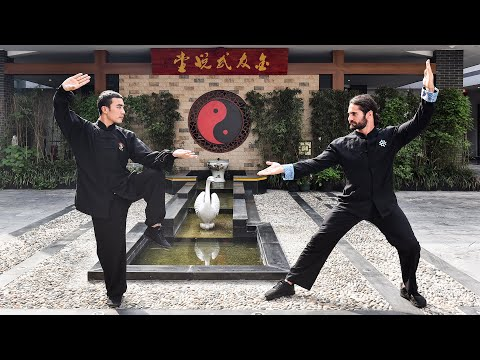 Seth Rollins learns kung-fu in Shanghai