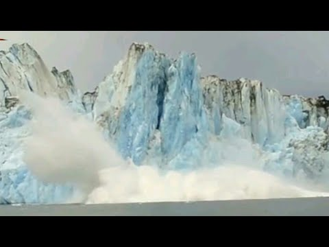 Shocking huge Glacier calving creates huge wave like tsunami