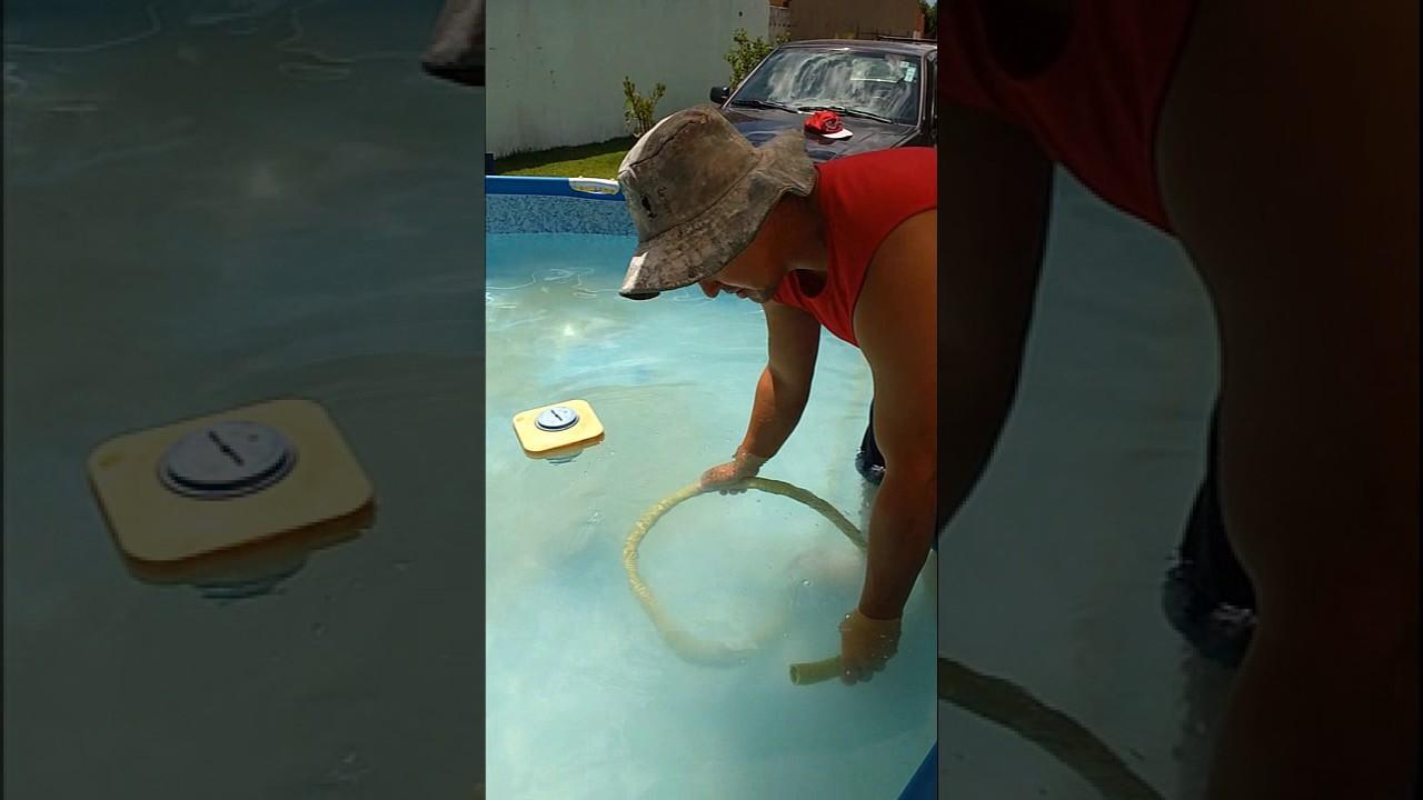 Como limpar piscina de plastico youtube for Piscina de plastico