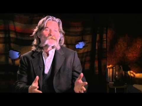 "The Hateful Eight: Kurt Russell ""John Ruth"" Behind the Scenes Movie Interview"