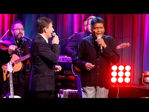 Crystal Chandeliers – Daniel O'Donnell and Charley Pride | The Late Late Show | RTÉ One