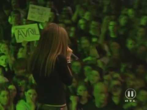 Avril Lavigne - Complicated + Sk8er Boi @ The Dome 12/08/2002