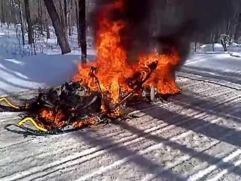 Skidoo Snowmobile Fire In Pittsburg Nh Jan 25 2013 Youtube
