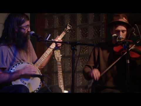 Mumblin' Drew & Kyle Ollah - Sail Away Ladies