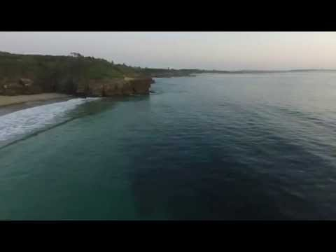 Caves Beach NSW - Live Stream