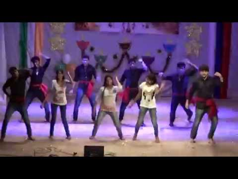 Tamil fusion dance performance