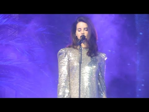 Lana Del Rey | Kali Uchis | Live at the Mandalay Bay 02.16.18.