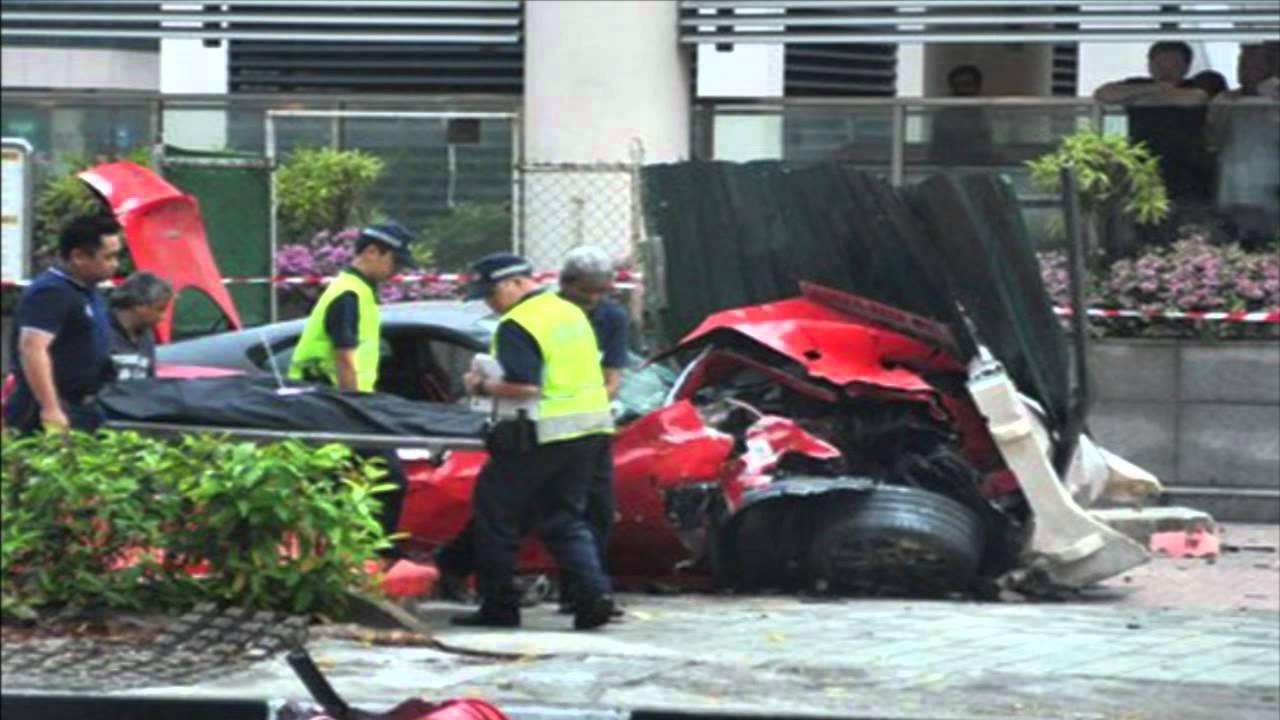 Car crash - Ferrari 599 GTO Vs Taxi in Singapore - YouTube