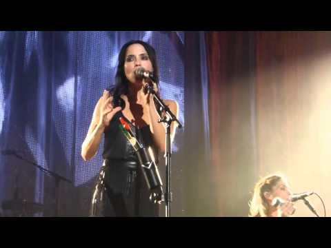 THE CORRS - LOVE TO LOVE YOU - LIVE AT THE ECHO ARENA, LIVERPOOL - FRI 22ND JAN 2016