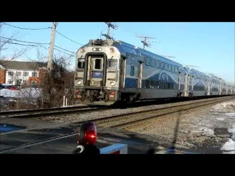 MONTREAL COMMUTER TRAINS IN ACTION