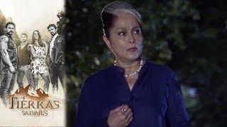 Amparo descubre el amor entre Daniel e Isabel | En tierras salvajes- Televisa