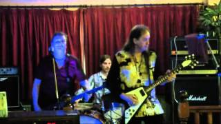 The Worried Men@Seagull,Porthcawl...Mystery Train/ Sabre Dance..