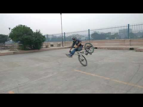 Lucknow cycle stunt High chair 360 stoppie
