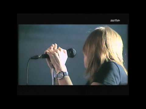 Beth Gibbons. Paleo 2003. (HD) 1. Mysteries (Live)