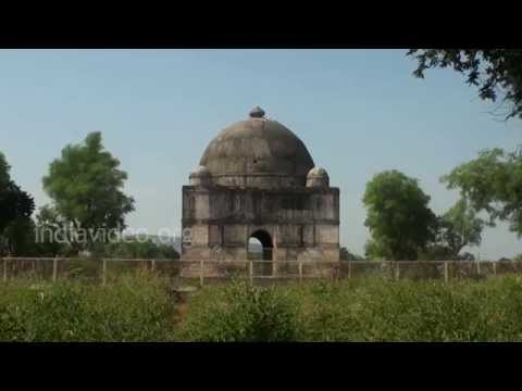 A dome inside Champaner-Pavagadh Archaeological Park