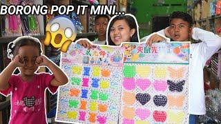BORONG POP IT MINI, BIAN KEHILANGAN POP IT JUMBO! KEPONAKAN ARIK NANGIS | Mikael TubeHD