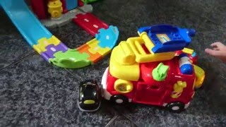 Vtech baby Toot-Toot Drivers Fire Station Deluxe Fire truck Taxi Tow truck - 偉易達 嘟嘟車系列消防指揮救援中心