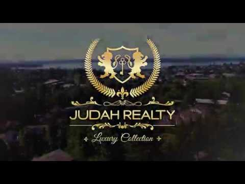 Luxury Kirkland home in Everest community walking distance to Kirkland Urban