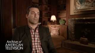 Jon Hamm discusses working with Elisabeth Moss as Peggy Olson - EMMYTVLEGENDS.ORG