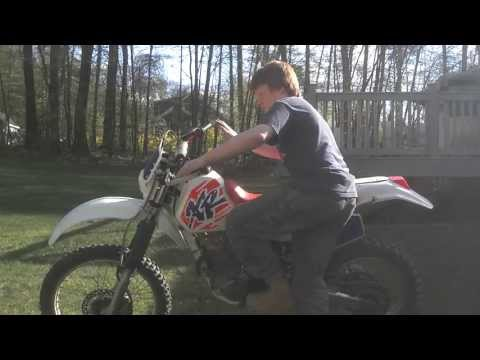 1994 Honda XR250R startup - with CRF250R pipe
