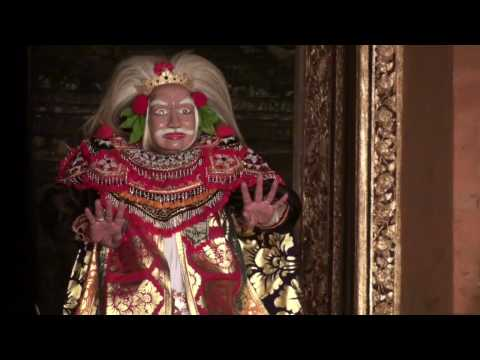 Topeng Tua Mask Dance Performance at Ubud Royal Palace (2009)