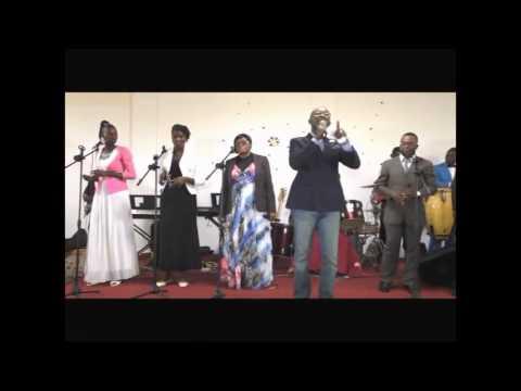 Malachie 4 Louanges   Concert Past  Nathan EPENGE à Libreville