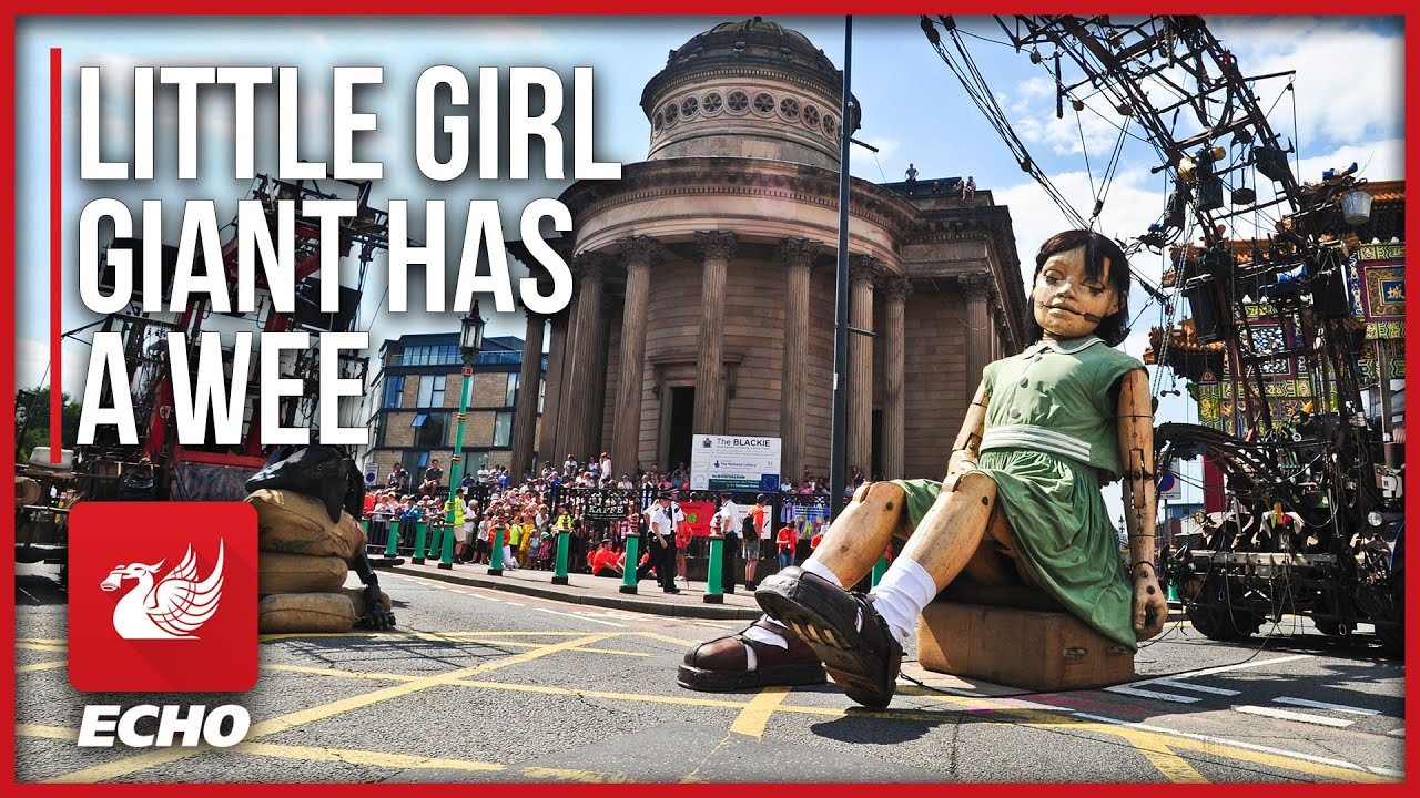 Little Girl giant takes a pee in Liverpool!