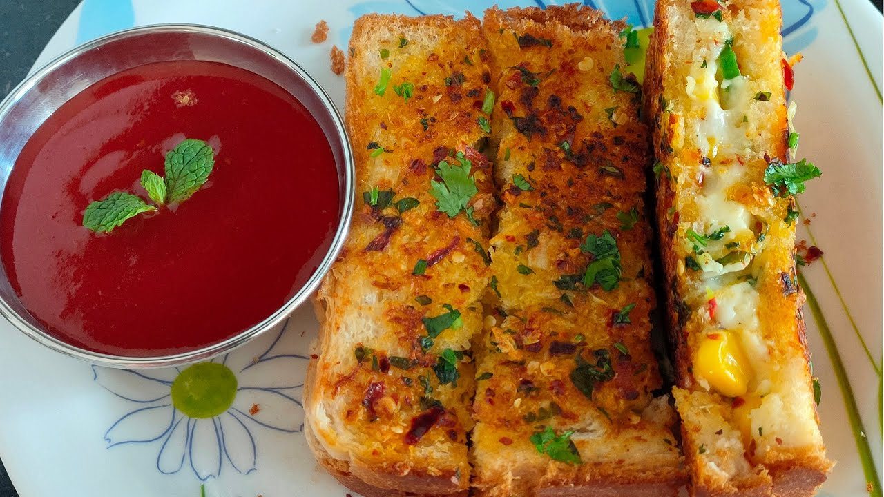 Garlic Cheese Bread Recipe || Quick Breakfast or Snack in ...
