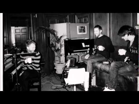Radiohead - Bulletproof...I Wish I Was (acoustic) NOT A COVER