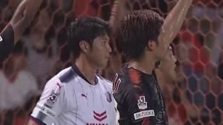 CKの折り返しに反応した山村 和也(C大阪)が無人のゴールにボレーシュ...