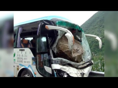 Chinese bus driver dies after saving 37 passengers in his final moments