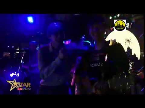 [Live] เป๊ก ผลิตโชค   ร้องเพลง @ LOFT BAR HERO CHIANGMAi - 11/8/60