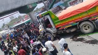 टिफर ले फेरि मान्छे मार्दा तोडफोड |Dangerous Accident in jadibuti|