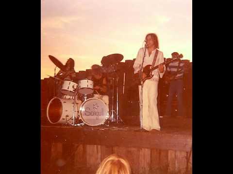 Seagull 1973 Tend My Garden