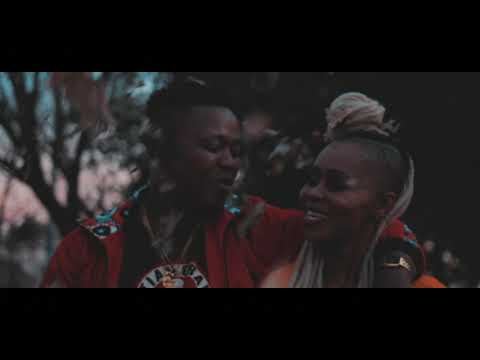 kaygee-daking-x-bizizi---kokota-piano-(official-music-video)