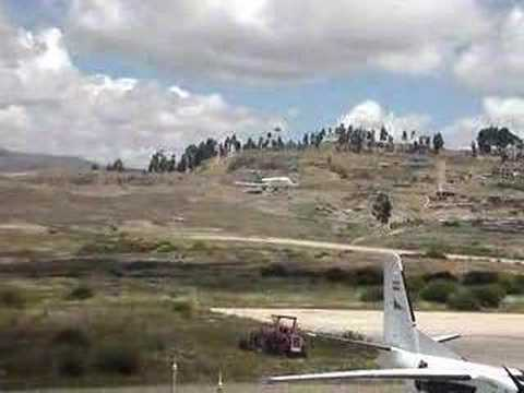 Complicated landing in Sucre's airport