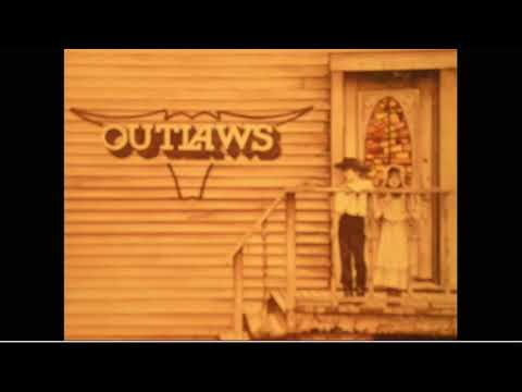 Green Grass & High Tides/The Outlaws