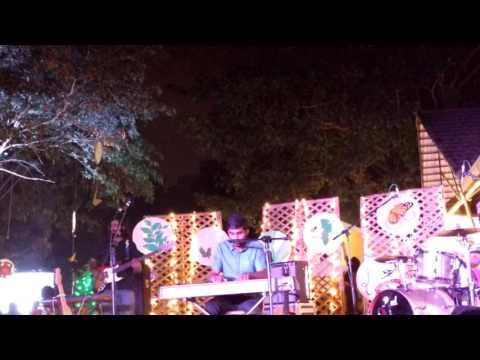 Prateek Kuhad - Tum Jab Paas Aati Ho- Live Performance at Kitsch Mandi Art Festival, Bengaluru