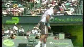 Federer smashes his racquet vs Djokovic April,2009 Miami