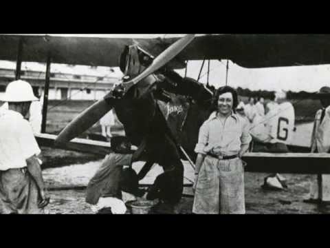 AMY JOHNSON SPEAKS (aviator, 1903 - 1941, rec. c.30th May 1930).